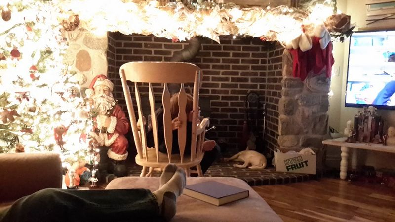 Rocking chair - mantle